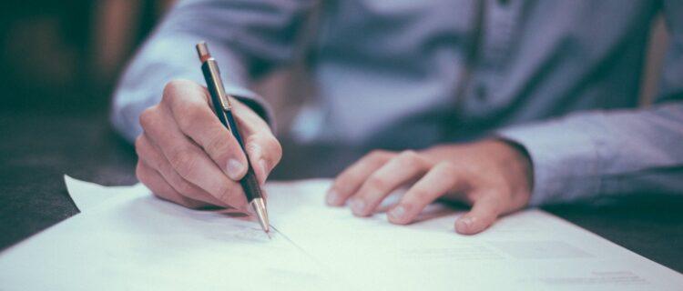 【回答例あり】介護職面接の質問内容完全対策マニュアル